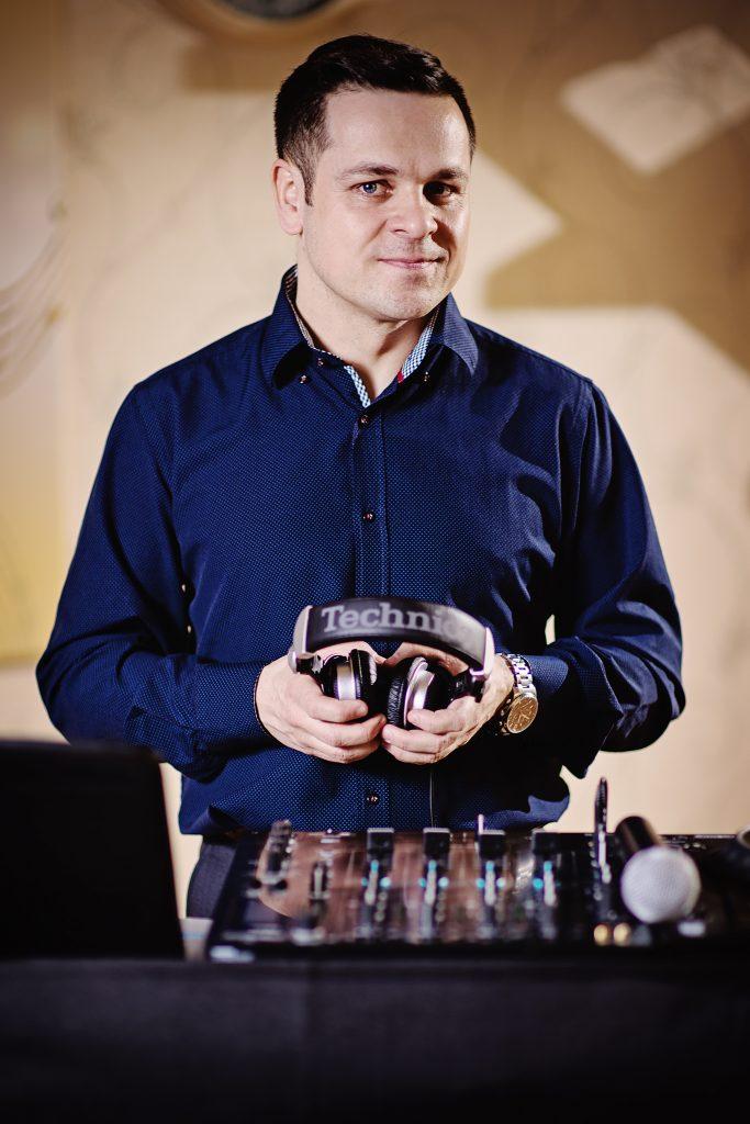 kontakt - DJ Jarqus Jaroslaw Łuszcz